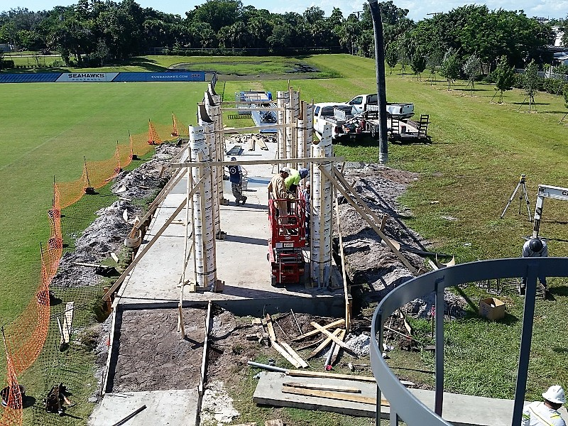 Cement columns for pressbox